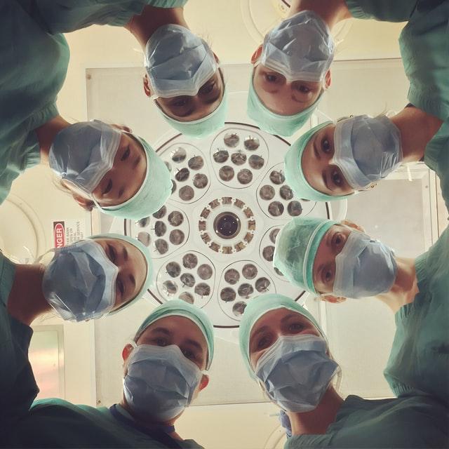 Sağlık çalışanlarında COVID