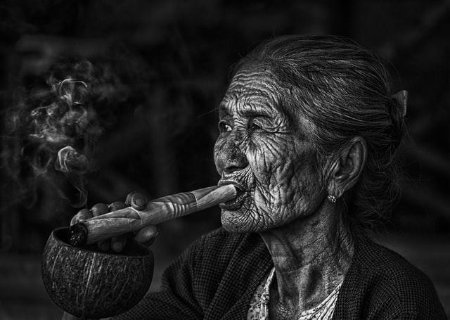 COVID ve elektronik sigara