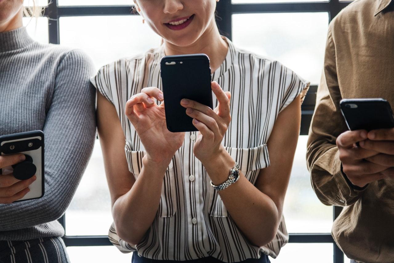 Ergenlerde Sosyal Medya Kullanımı Ruh Sağlığını Tehdit Ediyor