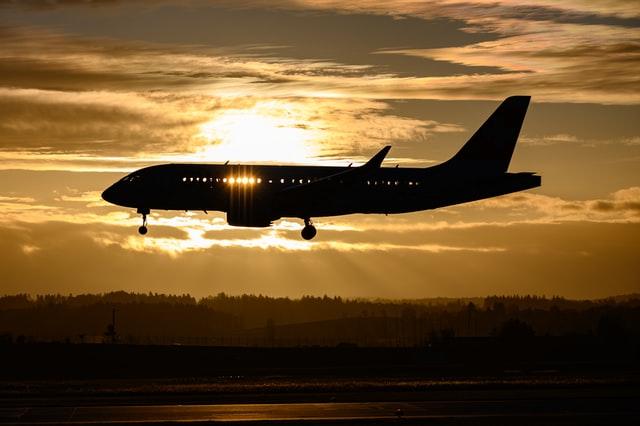 ABD'ye Uçan Kişiler İçin Negatif COVID-19 Testi Gerekecek